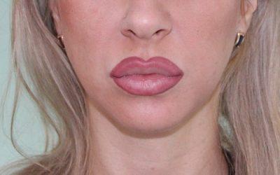 Накачать губы татуажем